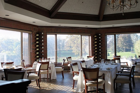 Looking Ahead to Sunnier Days – Summer Hours Begin in April for Fine Dining