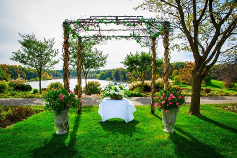 Make Your Special Day Perfect at the Best Wedding Venue in Kalamazoo